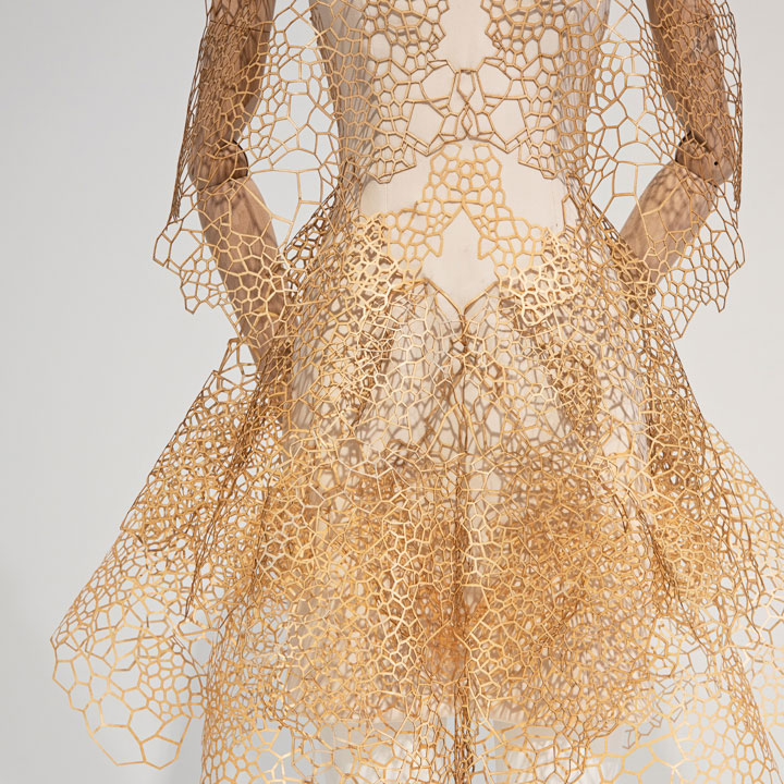 Overview exhibition The Art of Lace / Haute couture from Chanel to Iris Herpen – designer Iris van Herpen